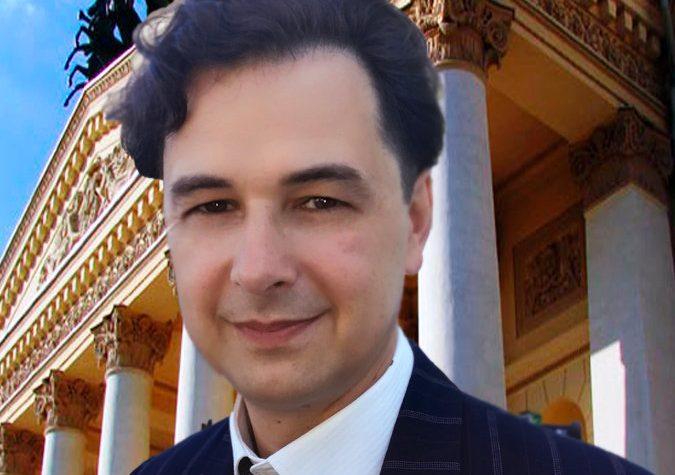 Новоселов Дмитрий Станиславович